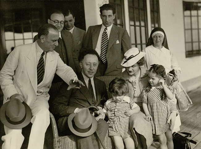 Totenberg,-Roman-pic-F.-and-A.-Rubenstein-and-family-(31).jpg
