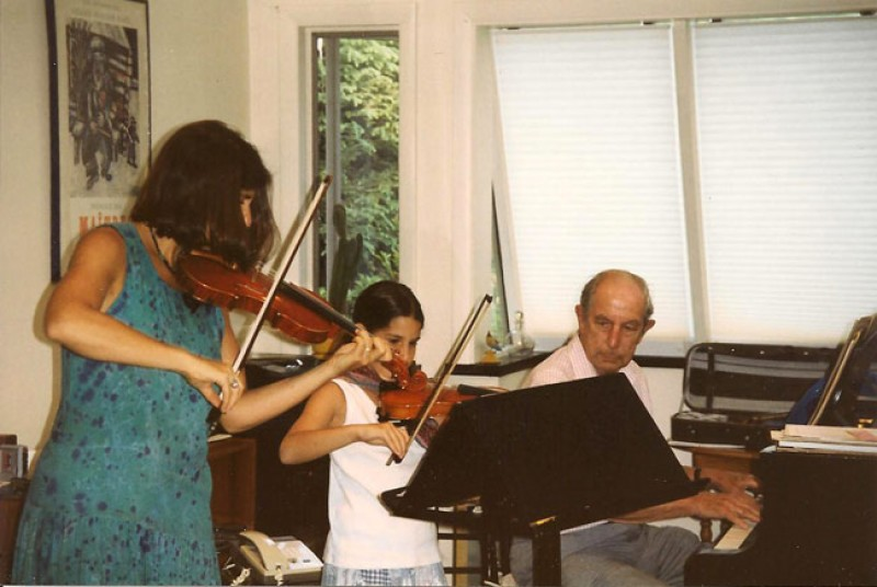 with-daughter-playing-violin-001.jpg